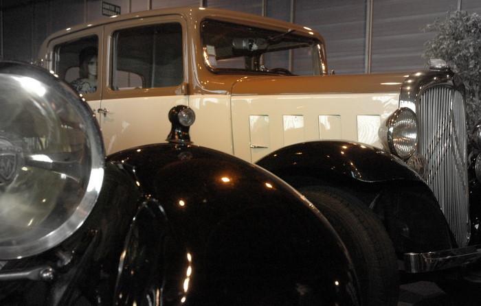 Ravera - Exposition de véhicules anciens - Arras