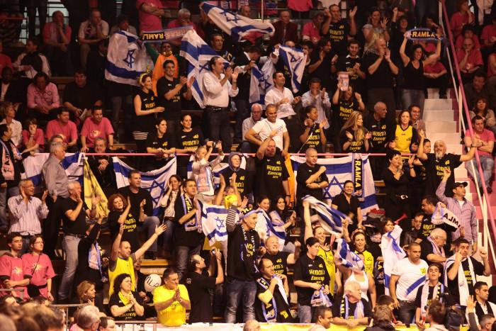 Arras basket contre Ramla Eurocoupe