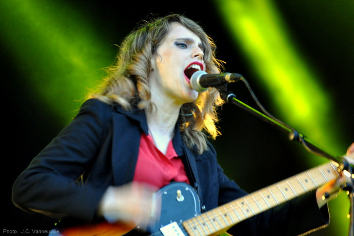 Anna Calvi au Main Square Festival 2014