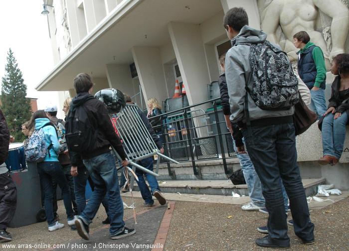 Grève étudiante à Arras
