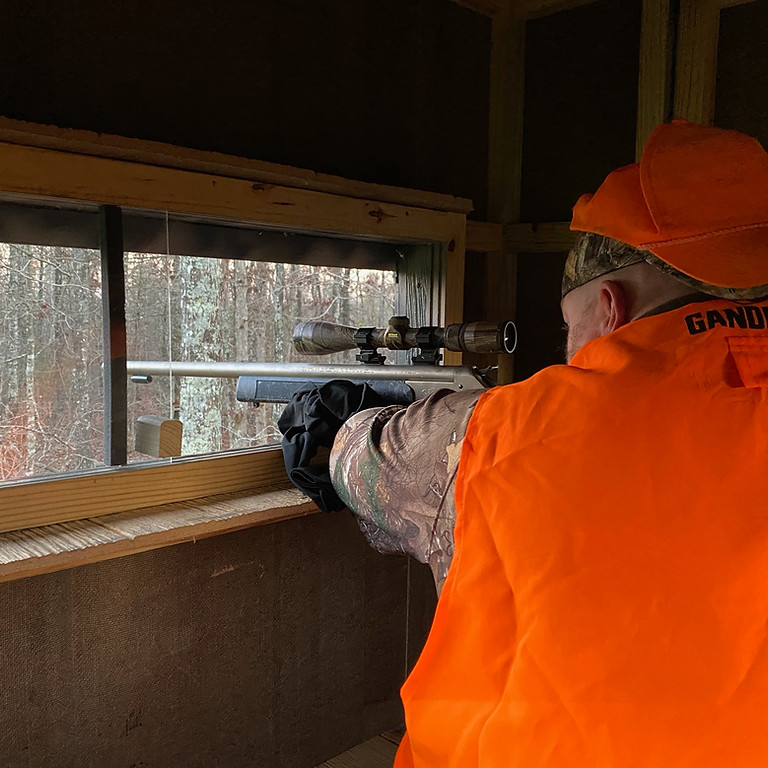 Dog company rifle hunt