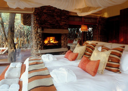 Bedroom suite Makanyane
