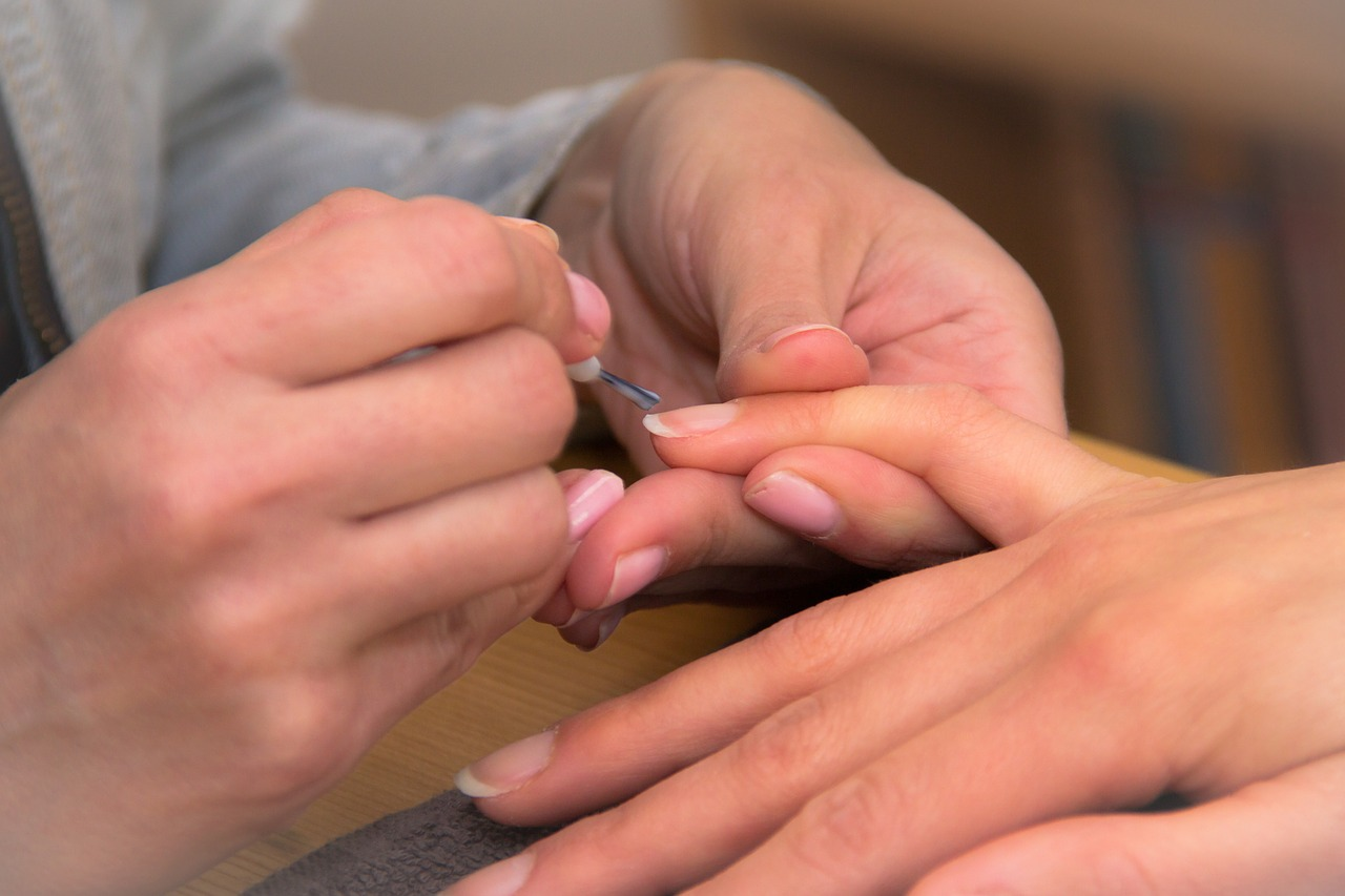 Certified & Trained Nail Experts