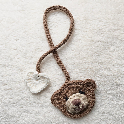 Handmade cotton crochet baby umbilical cord tie with brown bear motif and white heart motif by Little Fig
