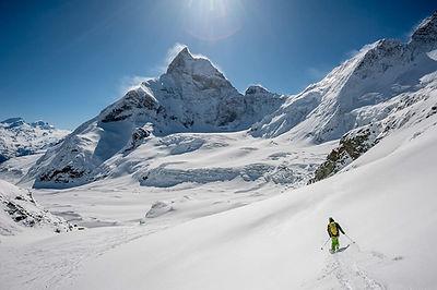 Die Haute Route ist die Königin unter den Skitourendurchquerungen und führt in 7 Tagen von Chamonix nach Zermatt