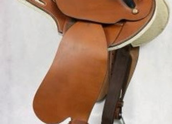 Drovers fender saddle