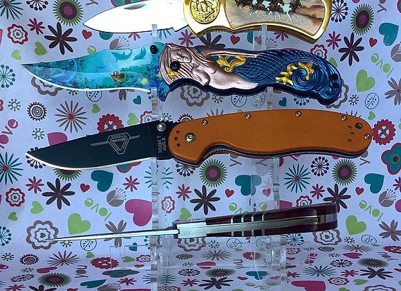 Various Pocket Knifes