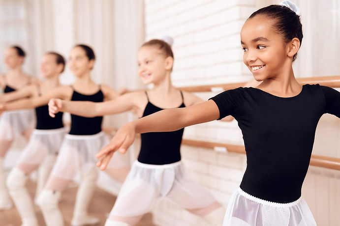 Girls ballet dance class in East Auckland dance studio