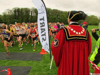 Over 500 Runners Take To The Roads In The Hale 5 Mile Easter Run