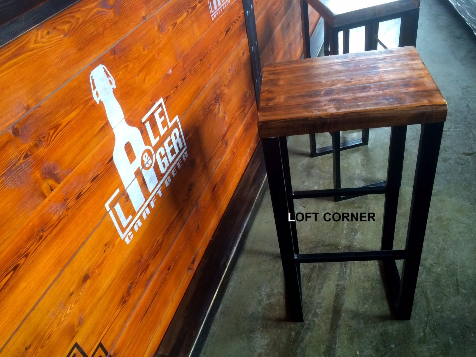 Барный стул в стиле индастриал для лофта бара ресторана кафе