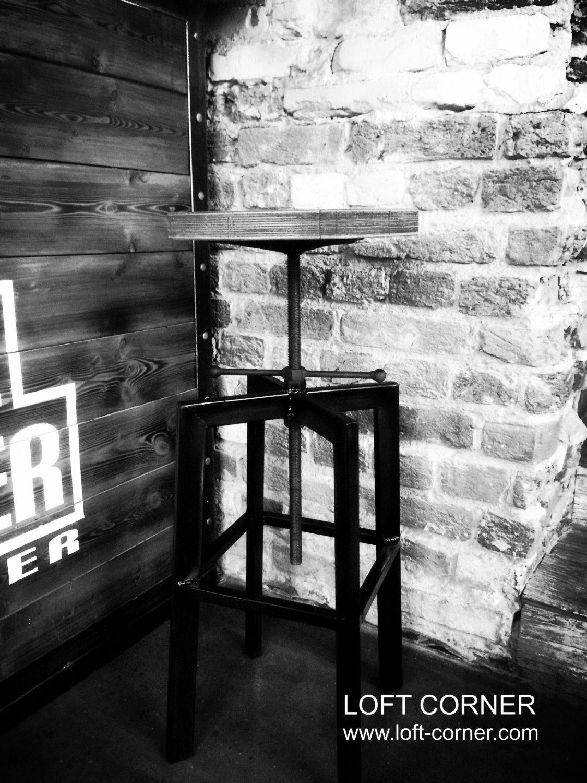 Барный стул лофт из стали и дерева от LOFT CORNER мебель лофт