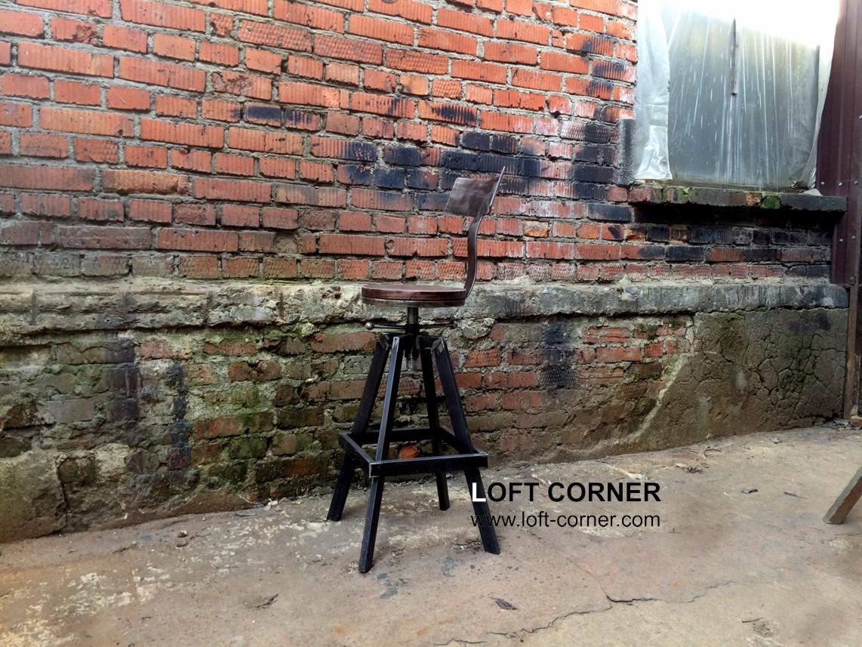 Дизайнерский барный стул, купить необычный стул в LOFT CORNER, мебель лофт на заказ