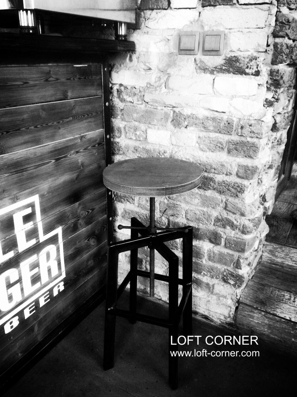 Барные стулья индастриал лофт с регулировкой высоты сиденья