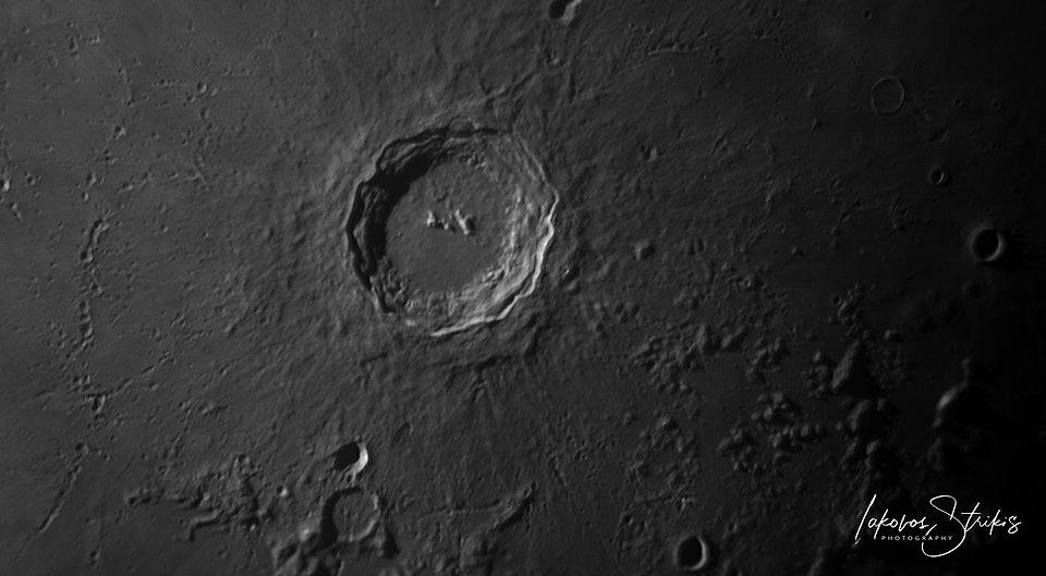 2020-10-26-1657_3-R-Moon_lapl4_ap96.jpg