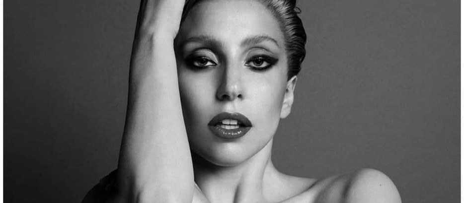 Tonight, Tuesday, November 24, Ballet with Lady Gaga!