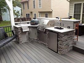 Outdoor Kitchen with custom deck in Lansing, MI