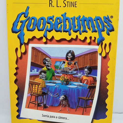 Livro Da Coleção Goosebumps 04  Sorria E Morra... Outra Vez!