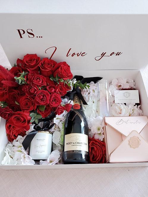 D Royal Love Box