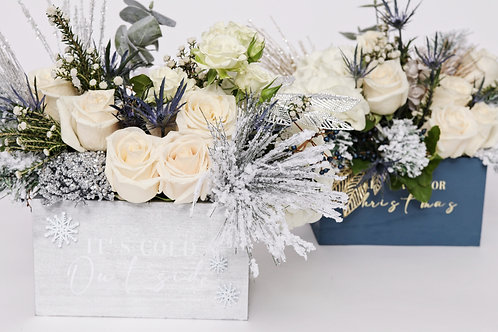 # 7 Deluxe Christmas Say My Name Flower Box