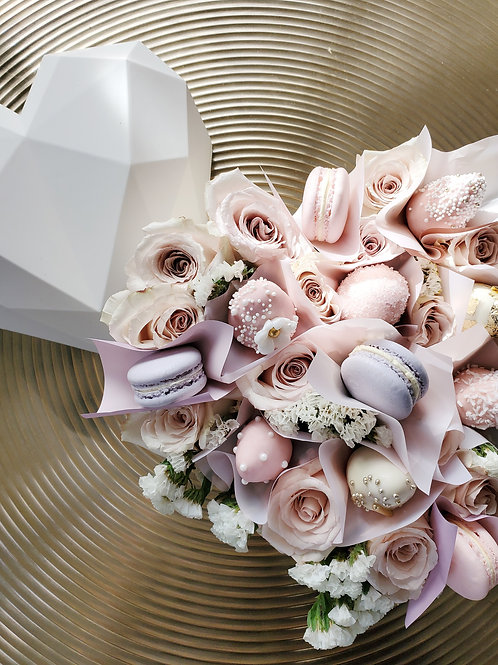 D Geometric Heart Box ( 12- 15 roses)