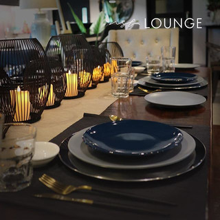 Group gathering or celebration dinner_ Y