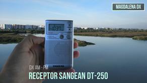 Revisado del receptor Sangean DT-250.