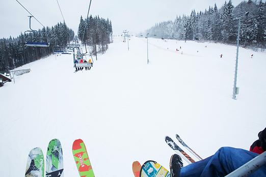 Skilift im Skigebiet
