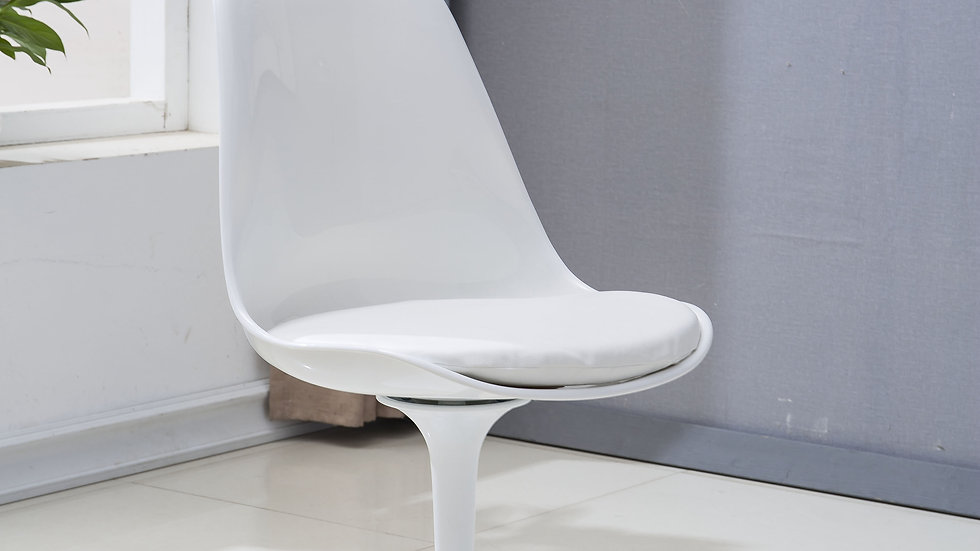 J9002 DINING CHAIR