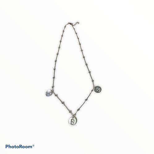 Collana rosario con letterine