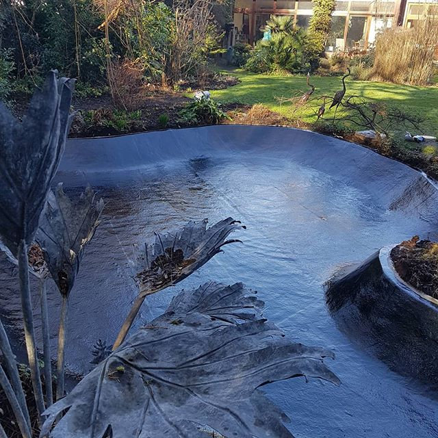 Natural water feature lining..jpg