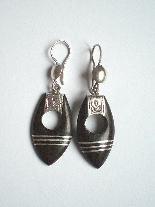Boucles d'oreille-Ohrringe-Boucles d'oreille en argent-silber Ohrringe- bijou en bois-Holzschmuck | originaldumaroc.ch