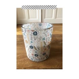 DM Drogerie // floral design for several products