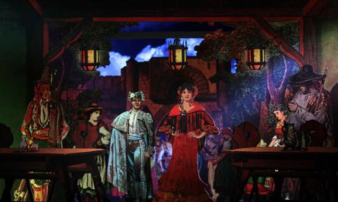 Carmen und Escamillo bei Lillas Pastia