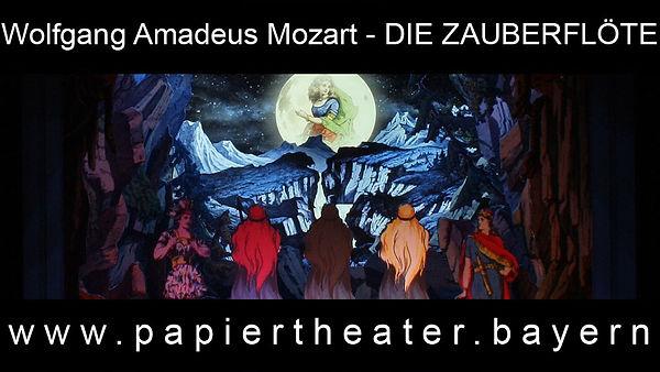 Foto aus unserer Papiertheaterbearbeitung von Wolfgang Amadeus Mozarts Die Zauberflöte..