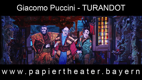 Foto aus unserer Papiertheaterbearbeitung von Giacomo Puccinis Oper Turandot.
