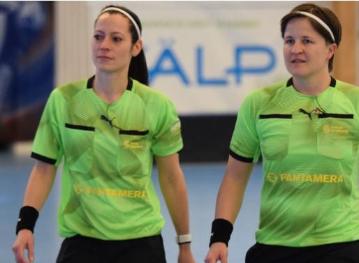 Женская команда судей впервые на матче шведской мужской суперлиги