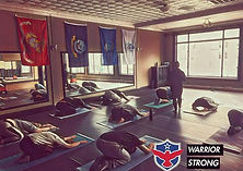 Yoga in Downtown Scranton 🇺🇸 #teamwarr