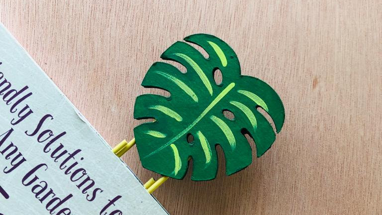 Marcador Monstera-Material Reciclado / Monstera Bookmark Recycled Material