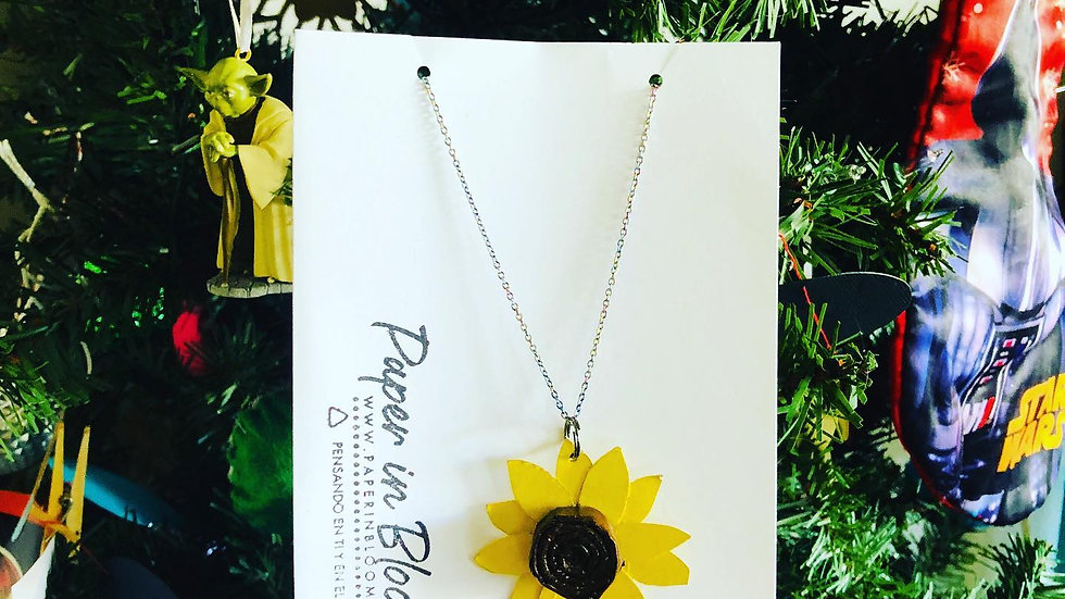 Collar Girasol Material Reciclado / Sunflower Neacklace Recycled Material