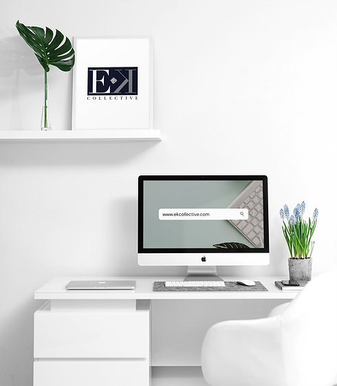 mockup-of-an-imac-on-a-desk-with-art-pri