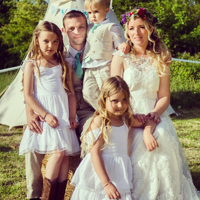 Thanks for the flower girl dresses @chloebellboutique I will send you some more pictures soon x