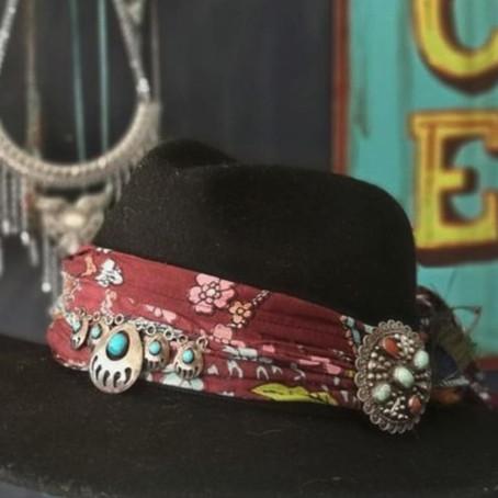 Upcycling a hat - boho style