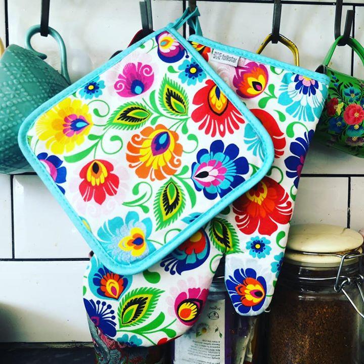 Polish folk floral oven glove Folkstar