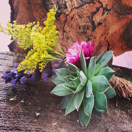 DIY: Buttonholes and Flower Crowns