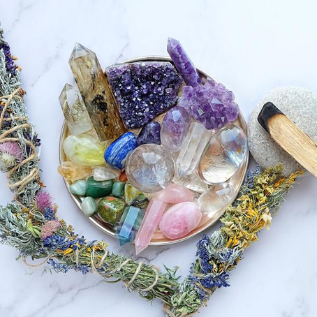 Gifts for people who love crystals