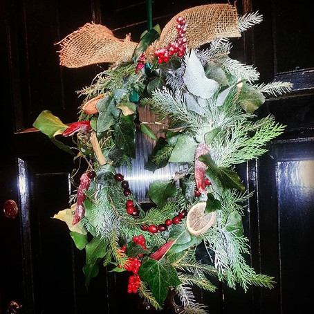 A very quick Christmas wreath