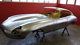 Jaguar e type body restoration, classic car restoration, restauration voiture anciene, restaurer voiture