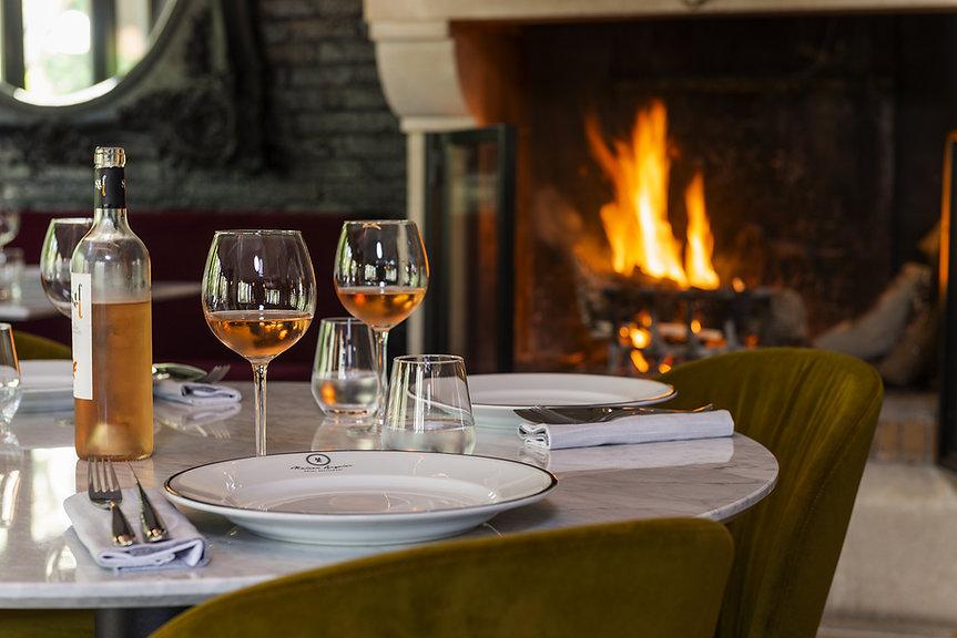 Relais-1317-FR-Hotel-Maison-Arquier-restaurant-interieur-2729.jpg