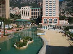 Plage piscine du Monte-Carlo Bay