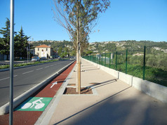 Trottoir avenue Vérola à Nice